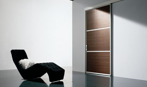 Drewno, aluminium, minimalizm